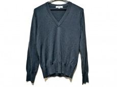ディストリクトのセーター