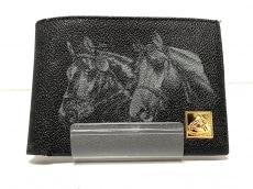 ルーブルーゼの2つ折り財布
