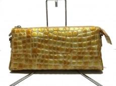 COCCO FIORE(コッコフィオーレ)のクラッチバッグ