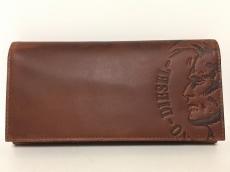 ディーゼルの長財布