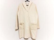 ヒューマンウーマンのコート