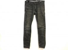 ファクトタムのジーンズ