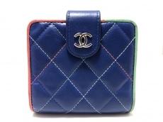 CHANEL(シャネル) 2つ折り財布 マトラッセ ブルー×グリーン×ピンク