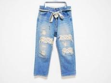 バルコニーアンドベッドのジーンズ