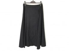 アストラットのスカート
