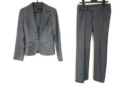 ルスークのレディースパンツスーツ