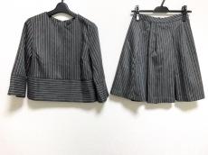 ダニー&アンのスカートスーツ