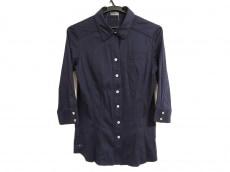プレミス フォー セオリー リュクスのシャツ