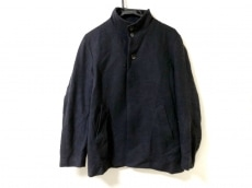 ティーケータケオキクチのコート