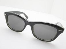 バナーバレットのサングラス