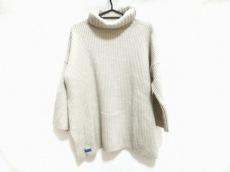 ブルーバード・ブルーバードのセーター