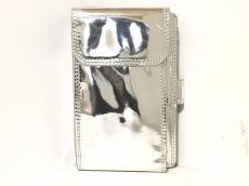 セシルマクビーの長財布