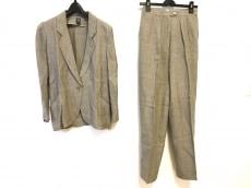 エマニュエルウンガロのレディースパンツスーツ