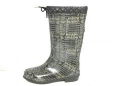 アルマーニのブーツ
