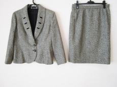 VALENTINOGARAVANI(バレンチノガラバーニ)のスカートスーツ
