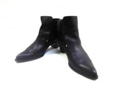 ヒミコのブーツ