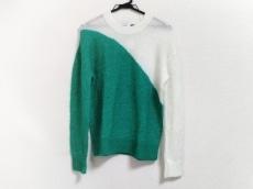 ケア レーベルのセーター