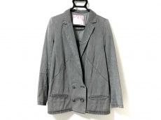 プランピーナッツのジャケット