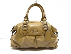 COACH(コーチ)のアシュレイ パテント サッチェルのハンドバッグ