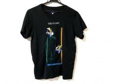 アキラナカのTシャツ