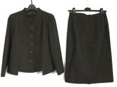 ハーディエイミスのスカートスーツ