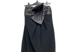 カルメンマークバルボのドレス