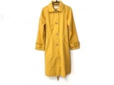 カレンウォーカーのコート