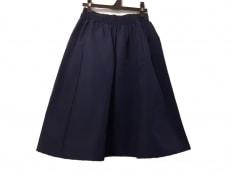 オーディナリーフィッツのスカート