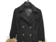 アクシーズファムのコート