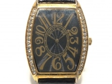 セシルマクビーの腕時計