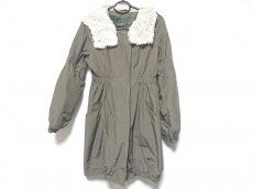 バルコニーアンドベッドのコート