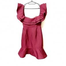 カメオコレクティブのドレス