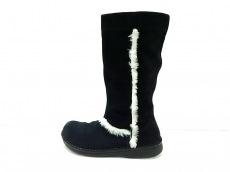 フットプリンツのブーツ