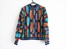 クージーのセーター