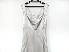 カレンミレンのドレス