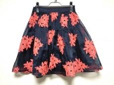 メイヴのスカート