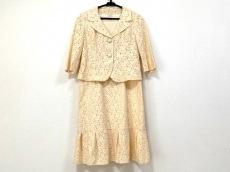 コージワタナベ スタイルのワンピーススーツ