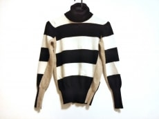 ロベルトコリーナのセーター