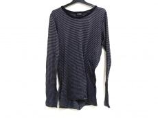 アタッチメントのセーター