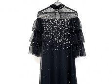 マヤデラックスのドレス