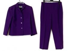 ジェニーのレディースパンツスーツ