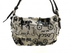 COACH(コーチ)のホースアンドキャリッジダッフルのショルダーバッグ