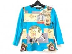 pagong(パゴン)のTシャツ