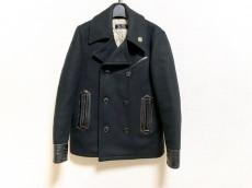 コールブラックのコート