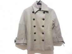 デレクラムのコート
