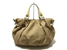 CELINE(セリーヌ)のピロースモールのショルダーバッグ