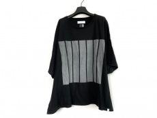 ファセッタズムのTシャツ