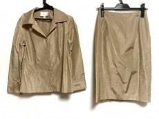 ナチュラルビューティーのスカートセットアップ