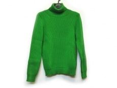 ネサーンスのセーター