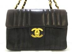 CHANEL(シャネル)のデカマトラッセのショルダーバッグ